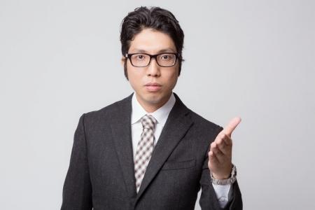 旧法をオススメする営業マン
